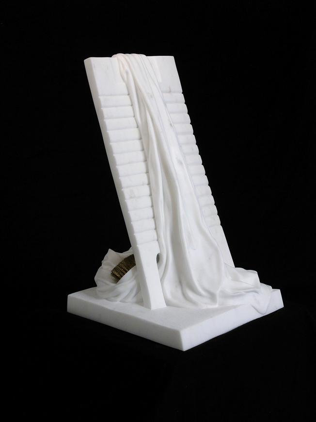 Silvina-Spravkin-Pietrasanta-Sculpture-LaBaba-i-Ricordi-1