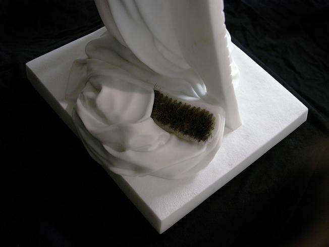 Silvina-Spravkin-Pietrasanta-Sculpture-LaBaba-i-Ricordi-2