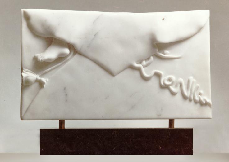 silvina-spravkin-Pietrasanta-Air-Mail-Retro-marmo-scultura